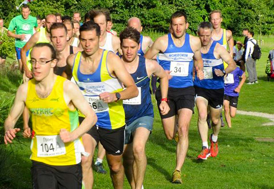 Neal-Edmondson-&-Neil-Burton-at-Golden-Acre-Relays-by-Philip-Bland