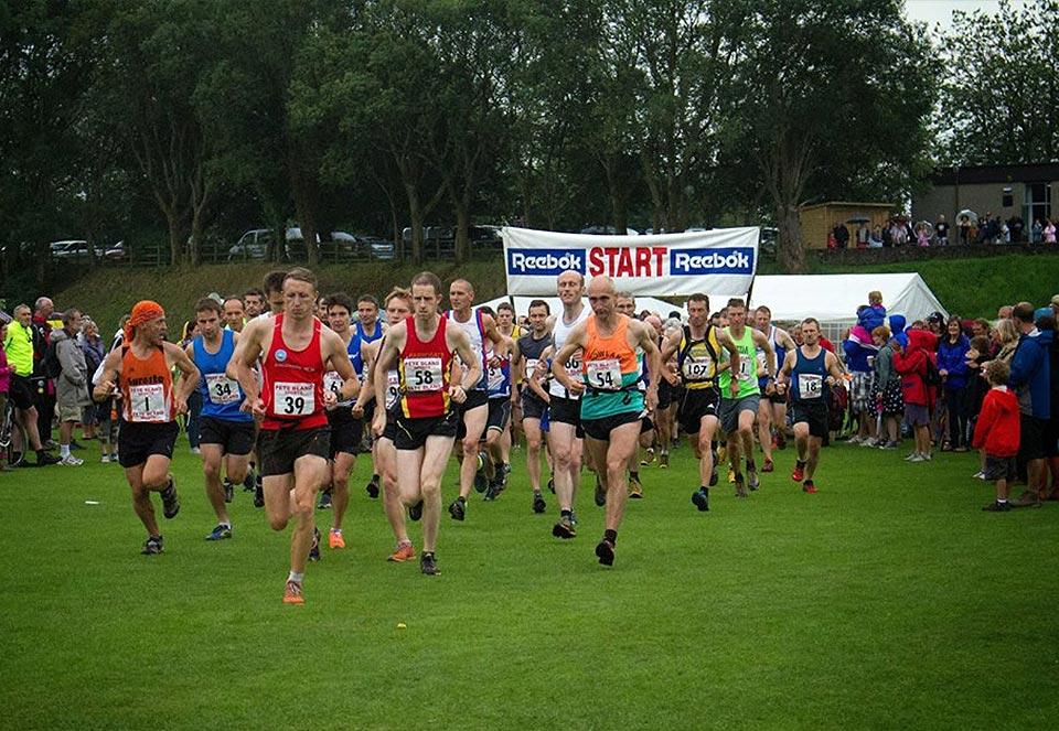 Start of Ingleton Gala Fell Race