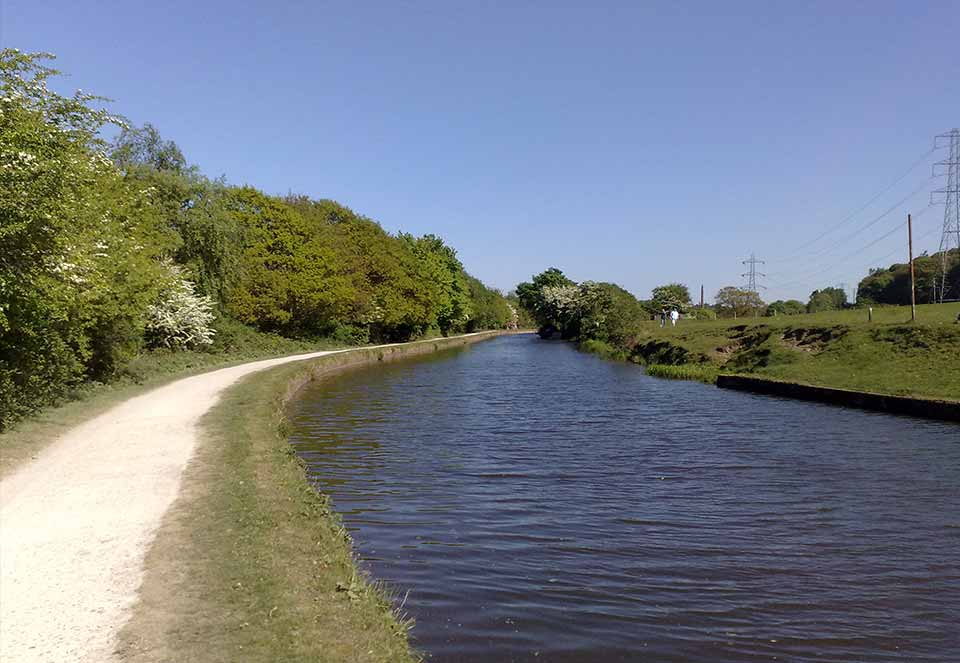 Leeds-Liverpool-Canal